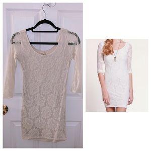Hollister cream lace floral bodycon mini dress
